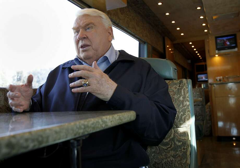 John Madden talks about the 49ers many offensive weapons as he cruises around Pleasanton. John Madden, the former Oakland Raiders coach, and television personality talked about the 49ers and the upcoming playoff game at his offices in Pleasanton, Calif. Tuesday January 15, 2013. Photo: Brant Ward, The Chronicle