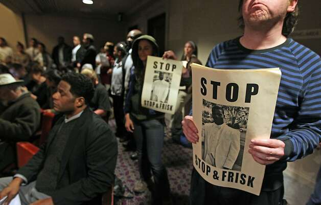 "Protesters pack the Oakland City Council's Public Safety Committee meeting with ""stop and frisk"" a frequent topic, though not one that was on the agenda. Photo: Lance Iversen, The Chronicle"