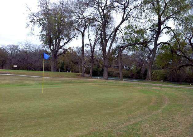 Starcke Park Golf Club in Seguin is laid out along the Guadalupe River. Photo: LeAnna Kosub, San Antonio Express-News