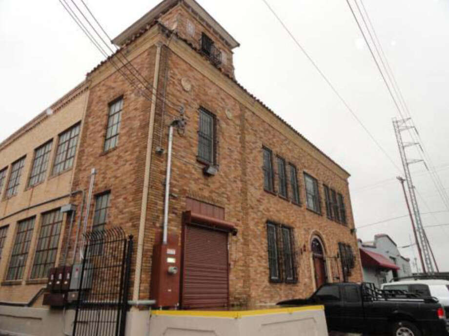 Former Delaware Punch Factory, 1619 N. San Marcos. Photo: Courtesy Photo / San Antonio Historic Design And Review Commission