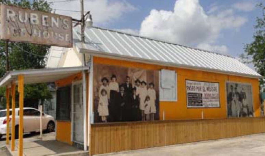 Former Ruben's Ice House, 820 S. Colorado St. Photo: Courtesy Photo / San Antonio Historic Design And Review Commission