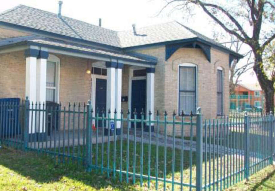 House, 1426 El Paso St. Photo: Courtesy Photo / San Antonio Historic Design And Review Commission