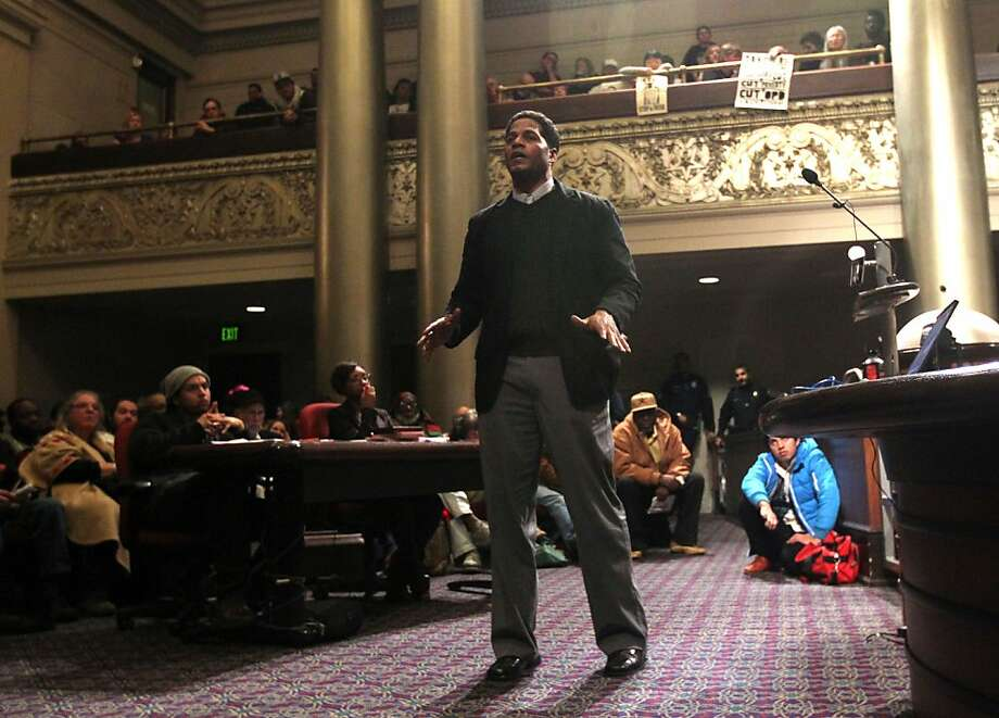 "Khalid Shakur from Oakland turned to address the audience after his two-minute speaker time ran out and his microphone was turned off Tuesday Jan 15, 2013. The Oakland City Council's Public Safety Committee meeting Tuesday heard from hundreds of it's citizens that wanted to voice their opinions about consultant William Bratton, ""stop and frisk "" policy in Oakland California. Photo: Lance Iversen, The Chronicle"