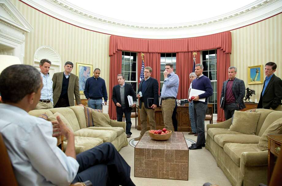 Another manly meeting in the West Wing: President Barack Obama meets with senior advisers in late December. Over at the Cabinet, the testosterone level is almost as high. Photo: Courtesy, White House / THE WHITE HOUSE