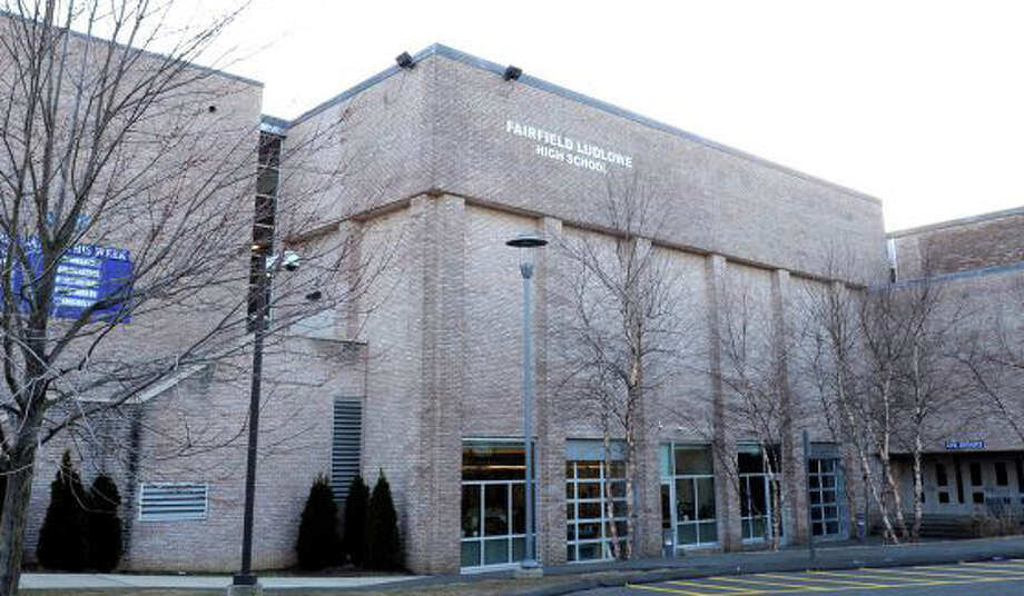 School officials are preparing plans to expand Fairfield Ludlowe High School on Unquowa Road.  FAIRFIELD CITIZEN, CT 1/16/13 Photo: File Photo / Fairfield Citizen