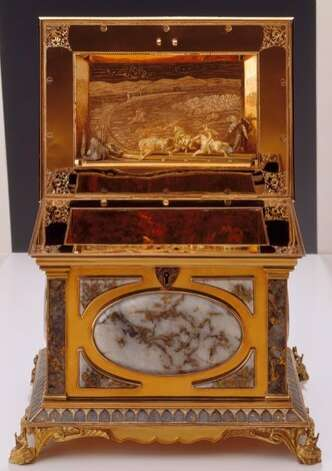 This gold-and-quartz box was stolen from the Oakland Museum of California in a burglary early Jan. 7, 2012. The box dates from the mid-19th century. Photo: -, Oakland Museum Of California