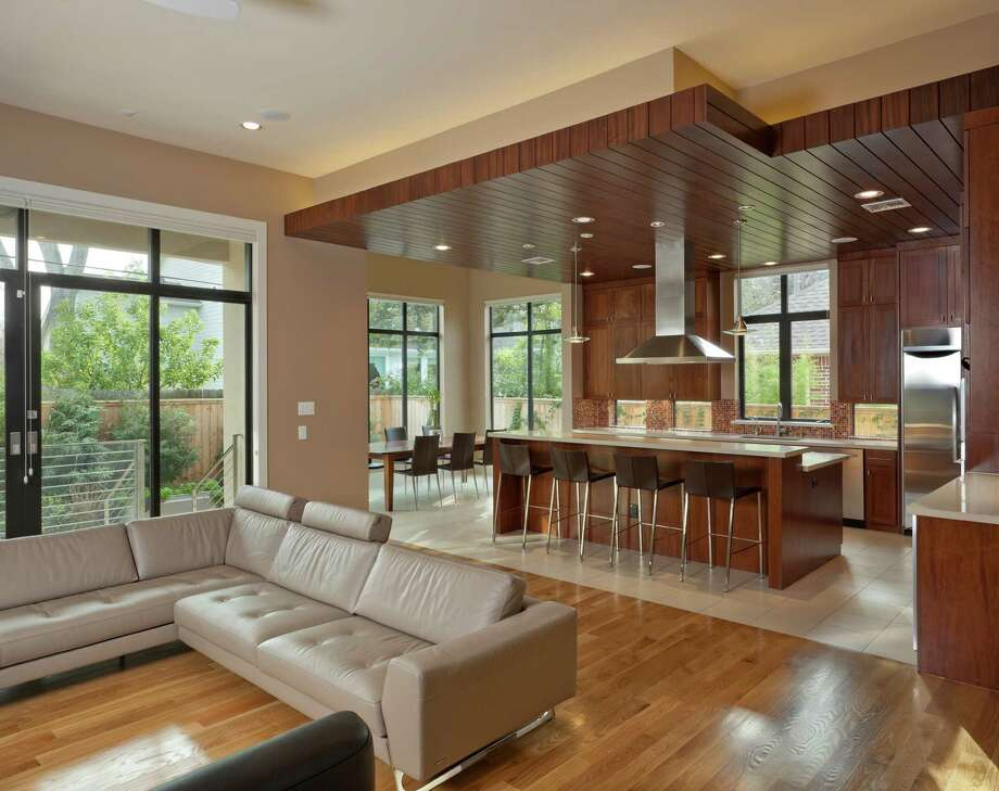 The Houston Modern Home Tour on January 26 includes 4617 Park Court in Bellaire, designed by Hollenbeck Architects in 2011. / Houston Modern Home Tour