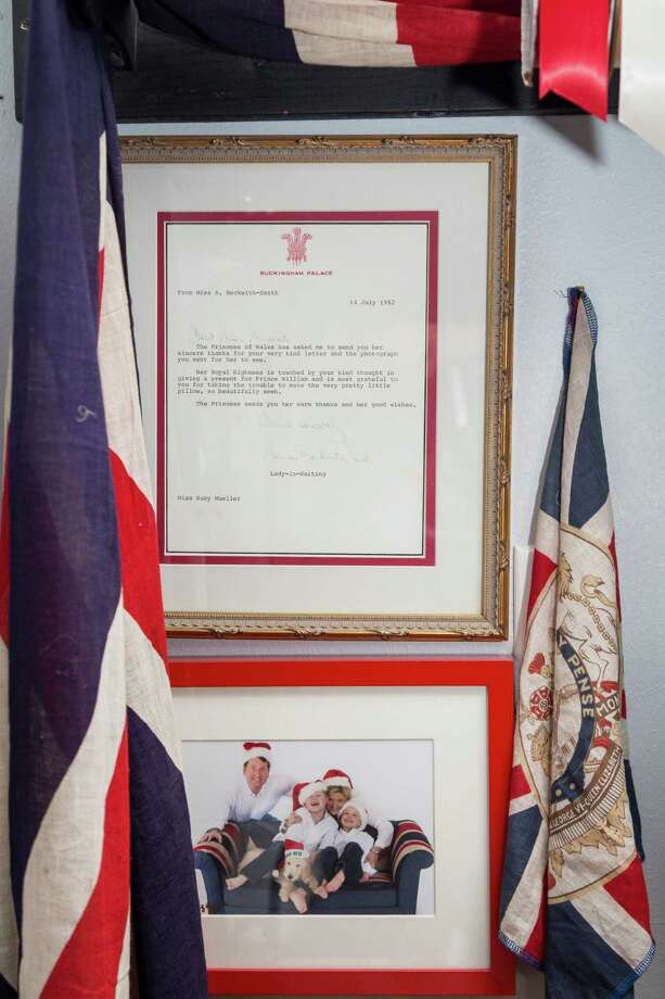 A framed letter from Buckingham Palace. Photo: Michael Paulsen, Staff / © 2013 Houston Chronicle