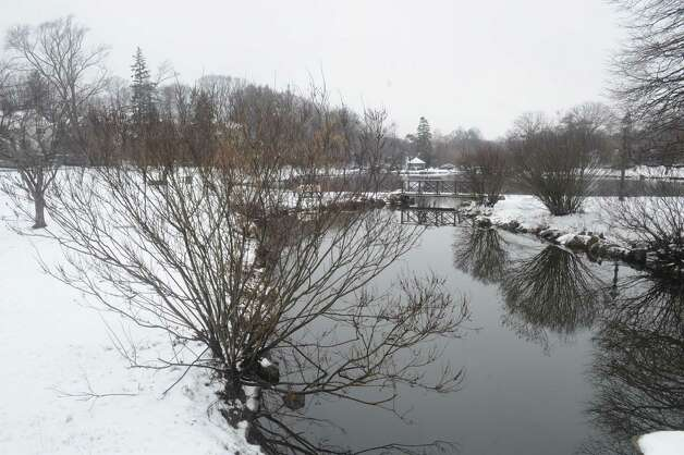 Binney Park in the snow at Old Greenwich, Wednesday, Jan. 16, 2013. Photo: Helen Neafsey / Greenwich Time