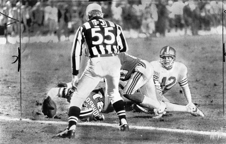 "Falcons receiver Billy ""White Shoes"" Johnson appeared to come up short but was credited with a touchdown in this 1983 game against the 49ers in Atlanta. Photo: Kenneth Walker, Atlanta Journal-Constitution Via"