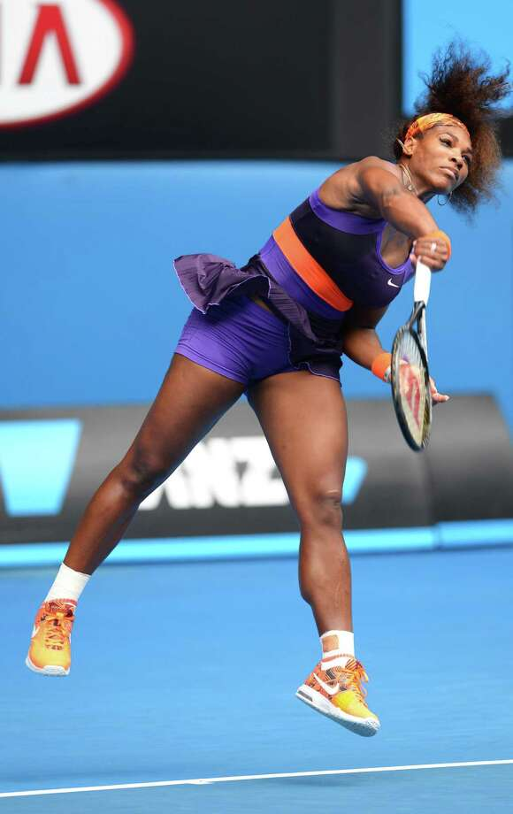 Serena Williams showed no ill effects from the fall she took Tuesday, beating Garbine Muguruza on Thursday in a second-round match. Photo: WILLIAM WEST, Staff / WILLIAM WEST