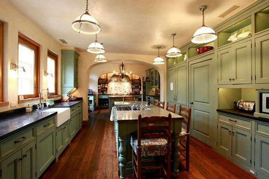 Listing agent:Pena MooreSee the listing here. Photo: Martha Turner Sotheby's International Realty
