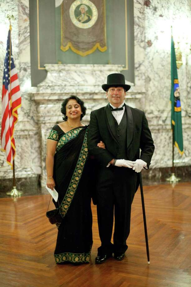 Shubha Blaustein and Seth Blaustein of Yelm wear their finest for the ball. Photo: JOSHUA TRUJILLO, SEATTLEPI.COM / SEATTLEPI.COM