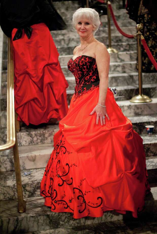 Z. Zehe of Shelton is shown in her ball gown. Photo: JOSHUA TRUJILLO, SEATTLEPI.COM / SEATTLEPI.COM