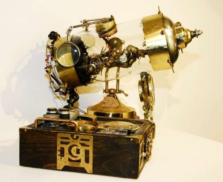 Molly 'Porkshanks' Friedrich's Complete Mechanical Womb from the Steampunk display at the