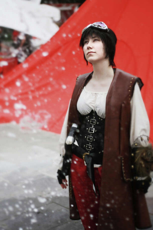 Lady Hawk (skypirate) at a steampunk festival. (Stefan Schubert/Flickr) Photo: Multiple