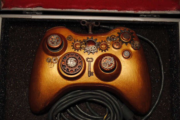 X-Box 360 Steampunk Mod - An X-Box 360 combined with a Vintage C580A General Electric 1950's Clock Radio and Modded out in steampunk style. (William Thompson/Flickr) Photo: Multiple