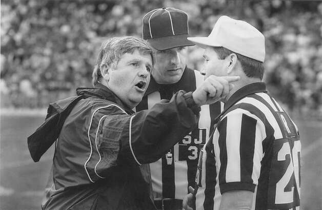 Atlanta Falcons head coach Jerry Glanville agrues with referees in game against San Francisco 49ers , on October 18, 1992. Photo: Michael Maloney