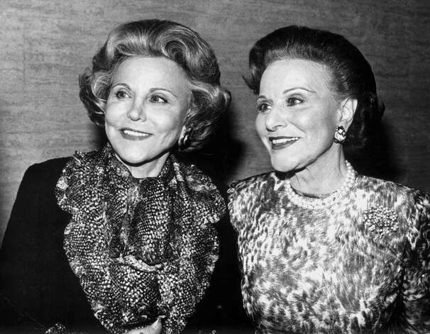 "Advice columnist Ann Landers, left, and her twin sister Pauline, who also wrote an advice column as Dear Abby, are shown in a file photo from Dec. 1987, in Chicago. Landers, whose snappy, plainspoken and timely advice helped millions of readers deal with everything from birth to death, died Saturday, June 22, 2002. She was 83. The death of Landers, whose real name was Esther Lederer (born Esther ""Eppie"" Friedman), was announced by the Chicago Tribune, publisher of her column. According to the Tribune, Landers died of multiple myeloma in her Lake Shore Drive apartment. Photo: JOHN BARTLEY, AP / THE CHICAGO TRIBUNE"