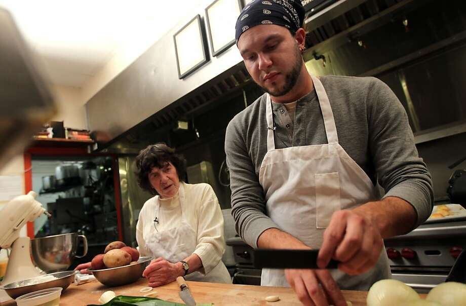 "Lynn Ruth Miller will team up with Wise Sons Delicatessen co-founder Leo Beckerman on Thursday at the Contemporary Jewish Museum, competing in an ""Iron Bubbie Knish-Off."" Photo: Lance Iversen, The Chronicle"