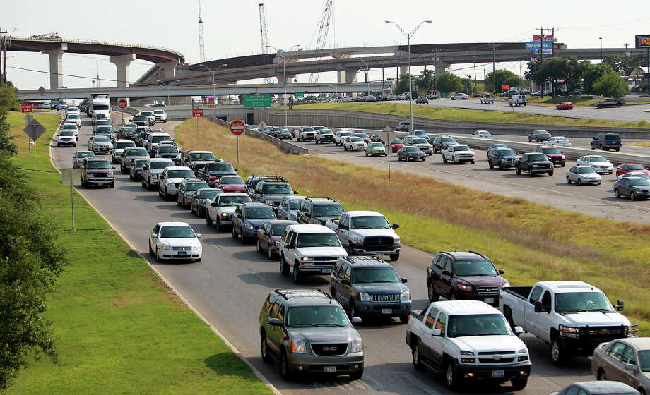 """People have no idea how to merge,"" BlueBomber12.  Photo: Tom Reel, San Antonio Express-News / ©2012 San Antono Express-News"
