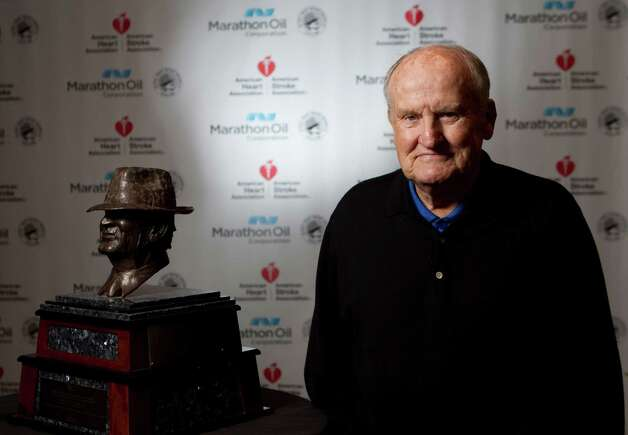 LaVell Edwards, who coached at BYU, is honored with the lifetime of achievement award during the 2013 Marathon Oil Corporation Paul 'Bear' Bryant Award, Thursday, Jan. 17, in Houston. Photo: Nick De La Torre, Houston Chronicle / © 2013  Houston Chronicle