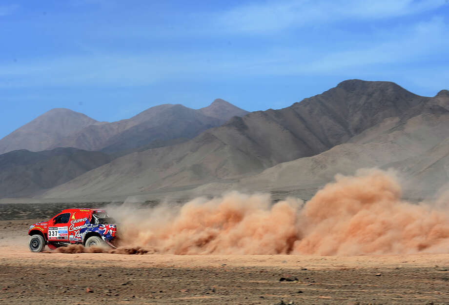Geoff Olholm and co-driver Jonathan Aston of team Toyota compete in stage 12 from Fiambala to Copiapo during the 2013 Dakar Rally on January 17, 2013 in Fiambala, Argentina. Photo: Shaun Botterill, Getty Images / 2013 Getty Images