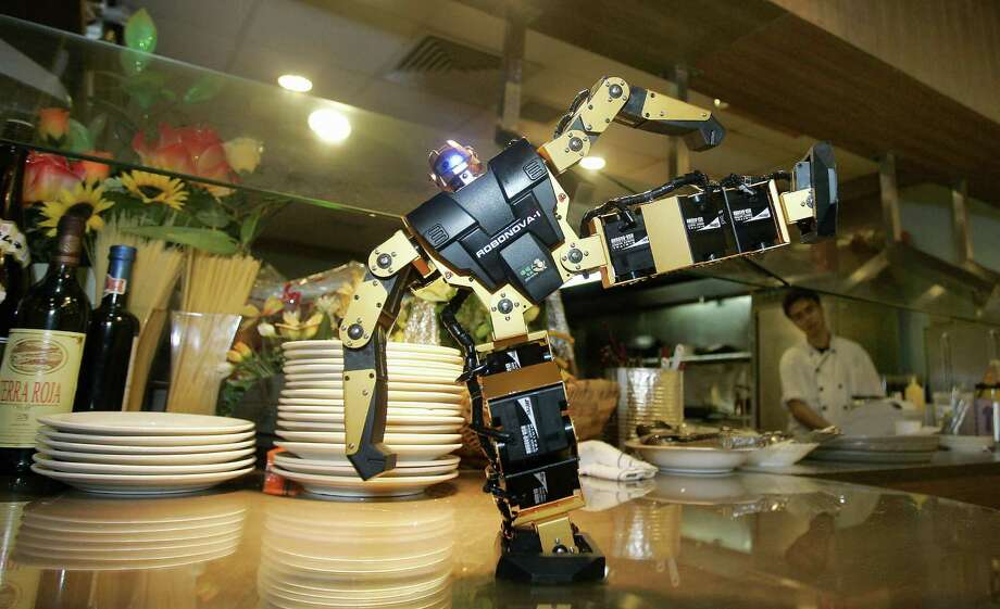 Going back further, here's Robot Kitchen restaurant in Hong Kong, on Sept. 25, 2006. Photo: LAURENT FIEVET, AFP/Getty Images / 2006 AFP