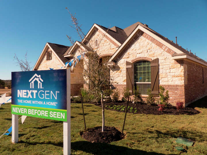 Lennar 39 S Nextgen At 4919 Isaac Ryan Is Essentially Two