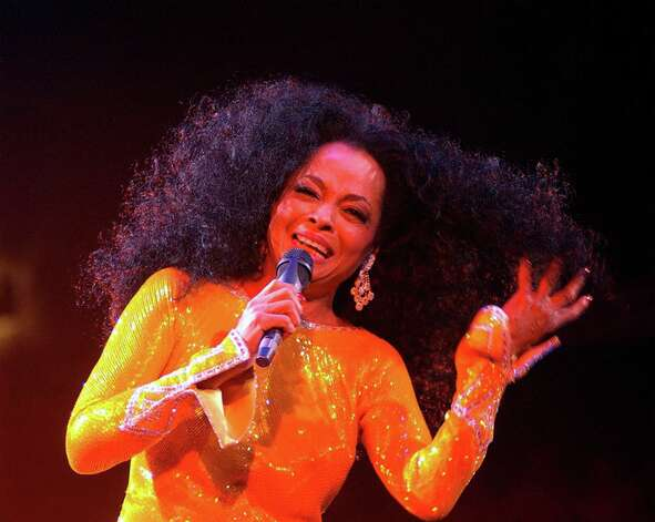 Singer Diana Ross performs at The Point Theatre March 10 2004 in Dublin, Ireland. Photo: ShowBizIreland, Getty Images / 2004 Getty Images