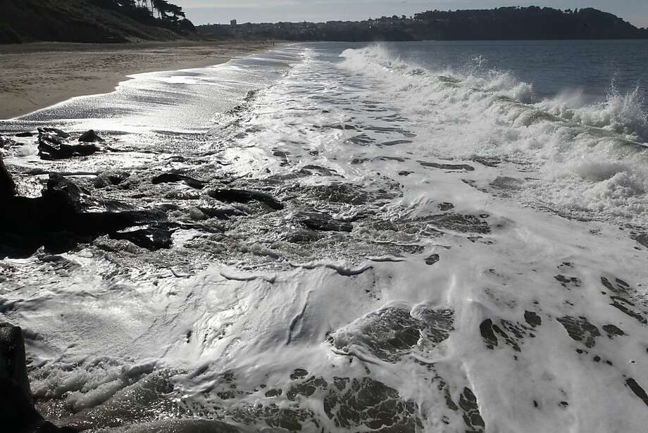 The silvers urf along Baker Beach.  Photo: Michael Macor, The Chronicle