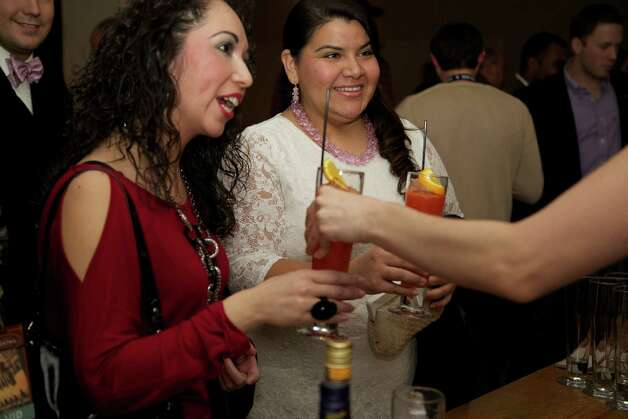 The San Antonio Cocktail Conference downtown on Friday. Photo: Xelina Flores-Chasnoff, MySA.com