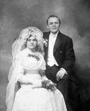 Wedding photo of Leonard Vitkauskas and his wife, Mary, circa 1915. Photo: Contributed Photo / The News-Times Contributed