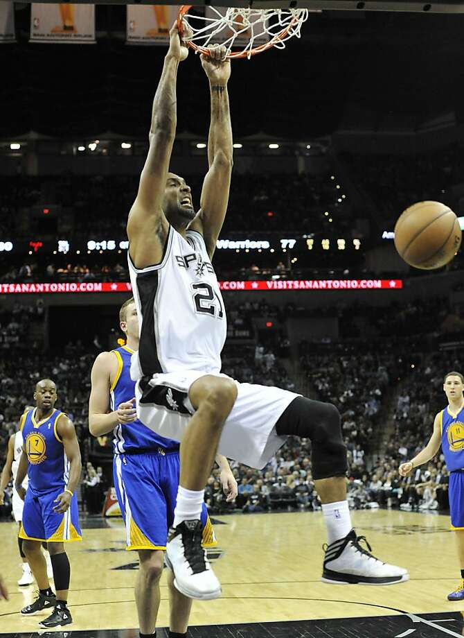 Tim Duncan deserves a Western Conference All-Star start much more than Dwight Howard. Photo: Mark Sobhani, Associated Press