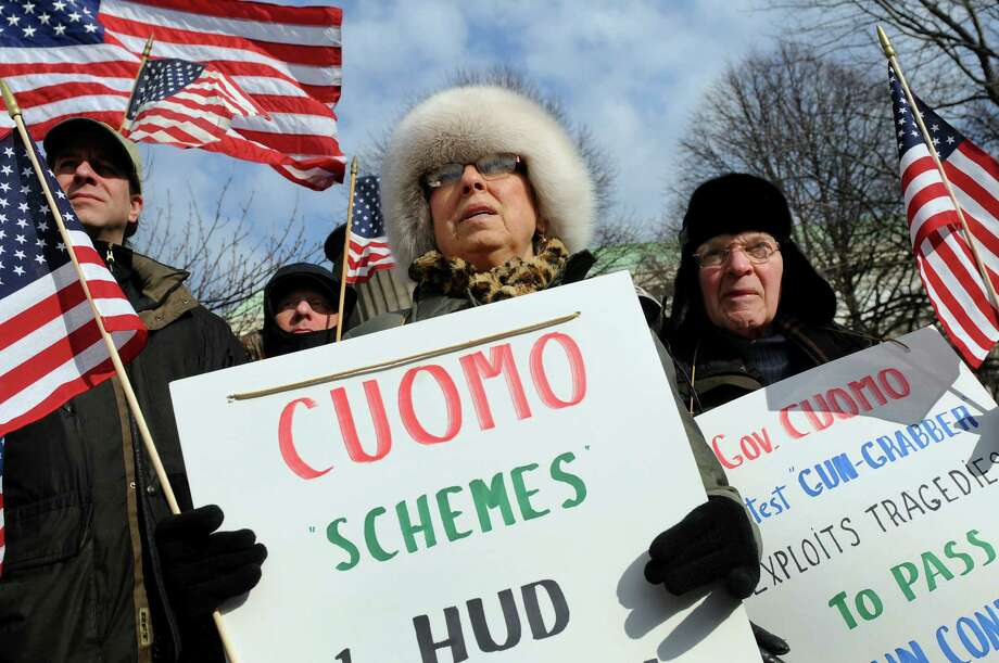Pro-Second Amendment and pro-gun supporters attend a national rally on Saturday, Jan. 19, 2013, at the Capitol in Albany, N.Y. (Cindy Schultz / Times Union) Photo: Cindy Schultz / 00020818A
