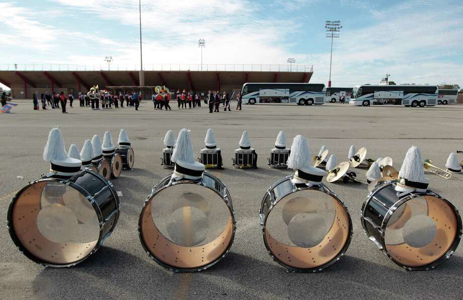 Bands practice in the parking lot before the 12Th Annual MLK Battle Of The Bands at HISD's Butler Stadium Saturday, Jan. 19, 2013, in Houston. Photo: James Nielsen, Chronicle / © Houston Chronicle 2013