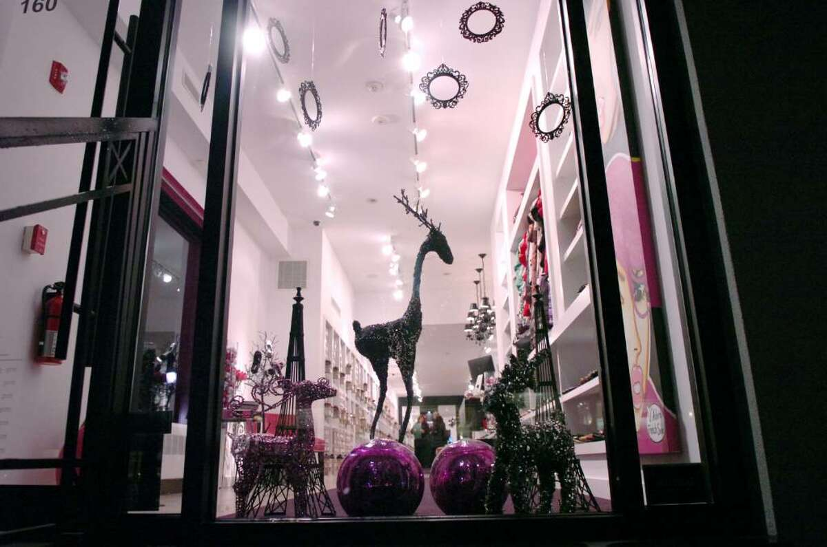 The 2009 holiday window of French Sole on Greenwich Avenue.