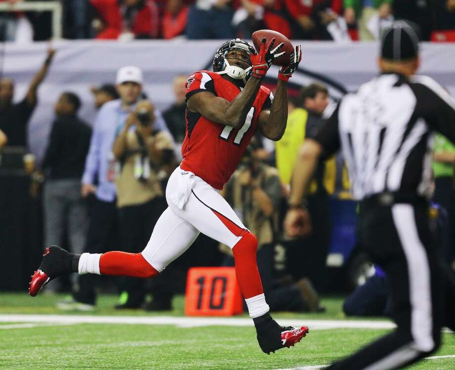Atlanta Falcons' Julio Jones catches a 46-yard touchdown pass during the first half of the NFL football NFC Championship game against the San Francisco 49ers Sunday, Jan. 20, 2013, in Atlanta. Photo: David Goldman, Associated Press / AP
