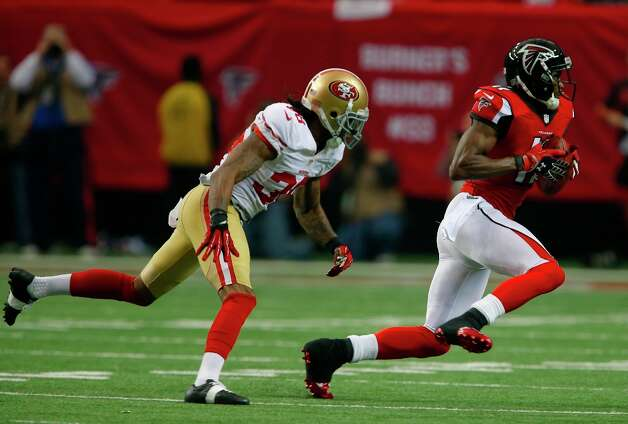 Atlanta Falcons wide receiver Julio Jones (11) runs past San Francisco 49ers Safety Dashon Goldson (38) in the first quarter of the San Francisco 49ers game against the Atlanta Falcons in the NFC Championship game at the Georgia Dome in Atlanta, GA., on Sunday January 20, 2013. Photo: Carlos Avila Gonzalez, The Chronicle / ONLINE_YES