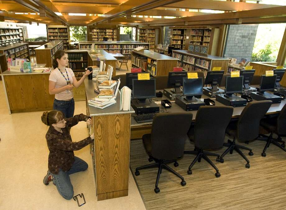 CLOSED: Seattle Public Library locations. All locations of The Seattle Public Library and the book drops at the Central Library will be closed on Monday, Jan. 21. Due to server maintenance, some online services also will be impacted Monday, Jan. 21. (seattlepi.com file)