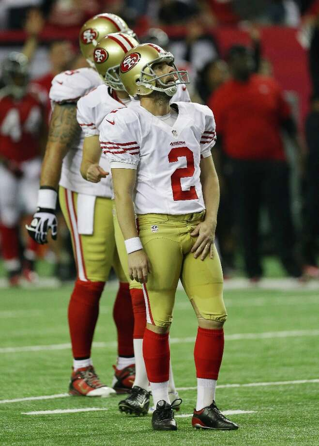 San Francisco 49ers' David Akers watches his missed field goal during the second half of the NFL football NFC Championship game against the Atlanta Falcons Sunday, Jan. 20, 2013, in Atlanta. Photo: Dave Martin, Associated Press / AP