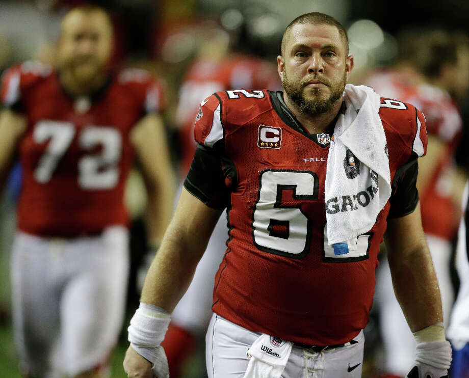 Todd McClure of the Falcons walks off the field disappointed after his team lost the NFC title game to the 49ers. Photo: David Goldman