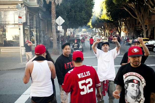 Niner's fans celebrated along 24th Street after the San Francisco 49er's beat the Atlanta Falcons in San Francisco, Calif., Sunday, January, 20, 2013. Photo: Jason Henry, Special To The Chronicle