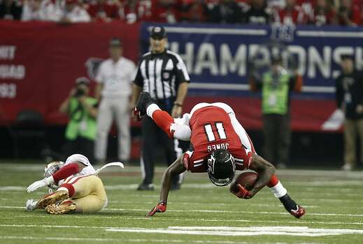 Atlanta Falcons wide receiver Julio Jones (11) catches a pass int he first quarter of the San Francisco 49ers game against the Atlanta Falcons in the NFC Championship game at the Georgia Dome in Atlanta, GA., on Sunday January 20, 2013. Photo: Michael Macor, The Chronicle