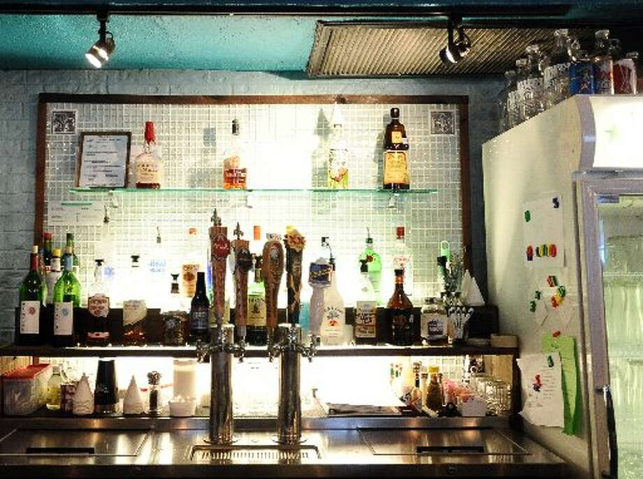The bar at Tibideaux's. Randy Edwards/cat5