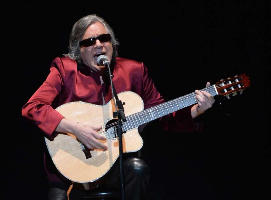 Guitarist Jose Feliciano performs onstage at Latino Inaugural 2013: In Performance at Kennedy Center at The Kennedy Center on January 20, 2013 in Washington, DC. Photo: Rick Diamond, Getty Images For Latino Inaugura / 2013 Getty Images
