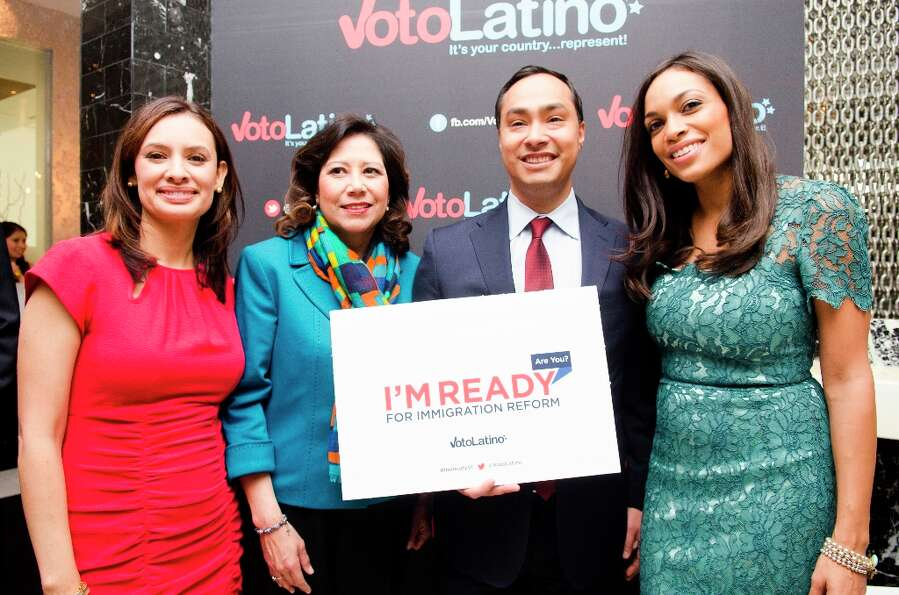 (L-R) Maria Teresa Kumar, Hilda Solis, Mayor Julian Castro and Rosario Dawson pose for a photo durin