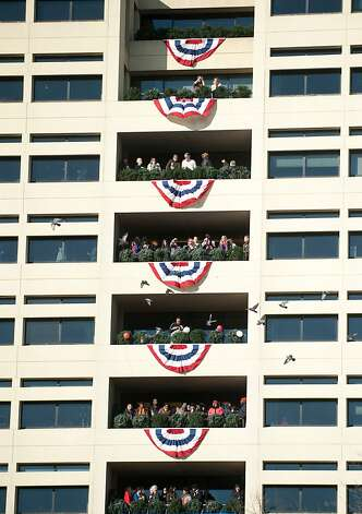 Spectators on Pennsylvania Avenue watch the inaugural parade on Monday, January 21, 2013 in Washington, D.C. (Mary F. Calvert/MCT) Photo: Mary F. Calvert, McClatchy-Tribune News Service