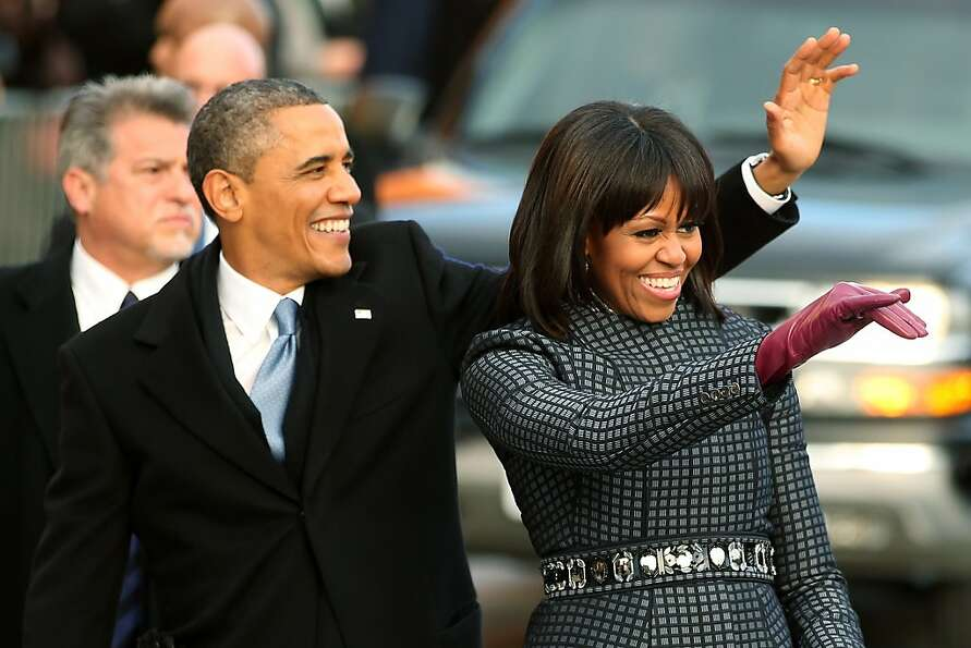 WASHINGTON, DC - JANUARY 21:  U.S. President Barack Obama and First lady Michelle Obama walk the rou