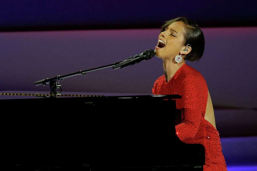 Alicia Keys performs during Inaugural Ball.